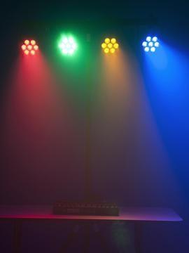 Lichteffekt Set mit 4x 36W LED Strahler
